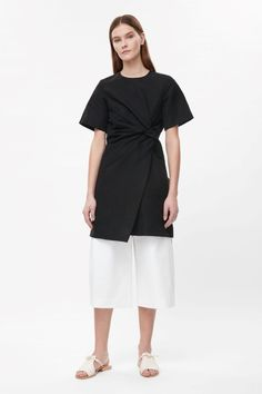 Dress with twist detail