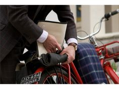 BROOKS ENGLAND LTD. | CYCLE+BAGS+&+ACCOUTREMENTS | BRICK+LANE+ROLL UP+PANNIERS