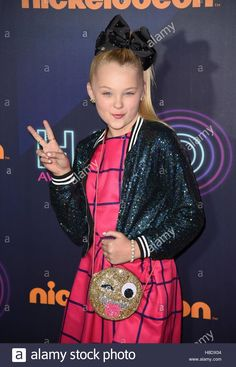 Download this stock image: New York, NY, USA. 11th Nov, 2016. Jojo Siwa at arrivals for Nickelodeon HALO Awards 2016, Pier 36, New York, NY November 11, 2016. © Derek Storm/Everett Collection/Alamy Live News - H8DX04 from Alamy's library of millions of high resolution stock photos, illustrations and vectors.