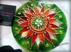Resultado de imagem para mandala pintada em cd