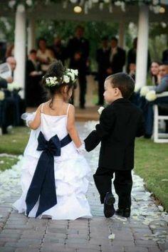 Black and White #wedding Flower Girl  Ring Bearer - so cute!