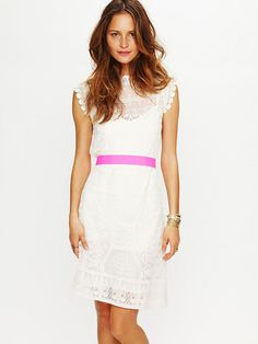 Satya Short Lace Dress - amazing!