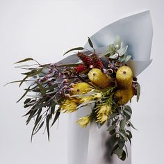 Buy flowers online, choose from our ready made flower arrangements. Our flowers delivery service can include extras: balloons, champagne, chocolate & more! Flowers Nature, Dried Flowers, Vertical Garden Plants, Flower Arrangements Simple, Flora Design, Flower Installation, Floral Artwork, Orchid Plants, Flower Delivery