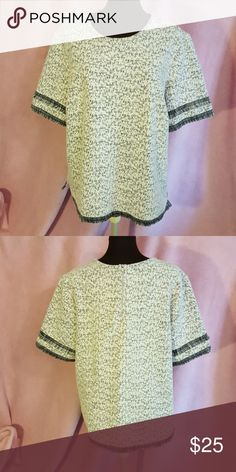 PRICE DROPBanana republic top Size Xlarge Banana Republic Tops