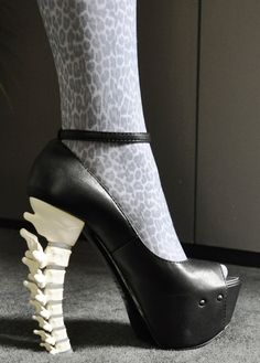These would be awesome as part of a Halloween costume (or a forensic anthropology conference)! :-D