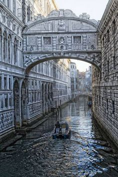 Bridge of Sighs, Venice by Zu Sanchez... #Photography #Venice
