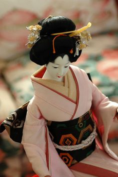 Antique Geisha doll