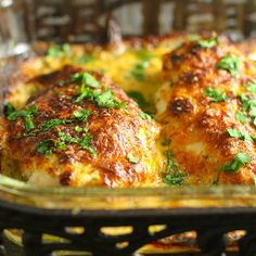 Smothered Cheesy Sour Cream Chicken: Fast, easy, delicious baked chicken dish that the whole family will LOVE! 10 min prep time & the oven takes care of the rest! Lunch Recipes, Healthy Dinner Recipes, Cooking Recipes, Cooking Time, Keto Recipes, Chicken Over Rice, Sour Cream Chicken, Chili, Chicken Recipes