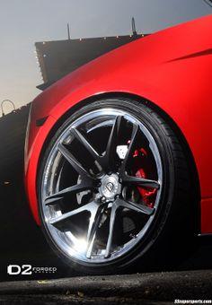 Awesome Red Lamborghini Gallardo on D2Forged rear wheels detail 5 spoke v-shaped red brake calipers