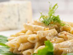 Pâtes aux 3 fromages : Recette de Pâtes aux 3 fromages - Marmiton faites avec gorgonzola a la place du roquefort  DELICIEUX