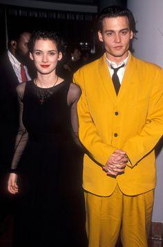 Pin for Later: Retour Sur la Fois où Ces Couples de Célébrités Se Sont Affichés en Public Pour la Première Fois Winona Ryder et Johnny Depp en 1990