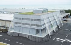 Want to learn how a building can withstand an earthquake. A Japanese company believes  they have found a solution to this natural disaster with carbon fiber noodles #architecture #building #design  www.doyledickersonterrazzo.com
