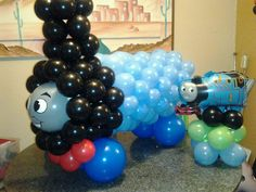 Thomas The Tank Engine... made of balloons. Great decor if your little one loves Thomas & Friends.