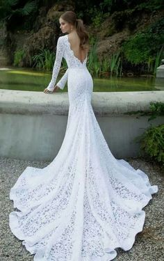 Bridal dresses are offered in various design options. The wedding dress is something that is priceless for the bride. While the white wedding dress is no longer a bridal item to be chosen strictly,… Fitted Wedding Gown, Lace Mermaid Wedding Dress, Wedding Dress Sleeves, Mermaid Dresses, Lace Sleeves, Dress Lace, Gown Wedding, Lace Dresses, Ivory Wedding