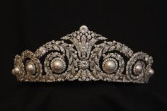 The Gryphon's Nest — Queen Eugenie of Spain's Tiara!