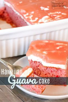 Guava cake is a tasty traditional Hawaiian dessert It is a guava flavored cake with a whipped cream cheese layer and guava gel glaze Easy and delicious via favfamilyrecip. Hawaiian Desserts, Hawaiian Dishes, Köstliche Desserts, Delicious Desserts, Yummy Food, Hawaiian Recipes, Guava Desserts, Guava Cupcakes, Yummy Treats