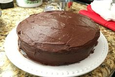 Celebrated our 1y anniversary with a double layer chocolate cake with frosting (kETO)