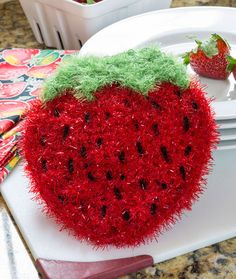 Strawberry Sparkle Scrubby - free crochet pattern by Nancy Anderson for Red Heart. All Free Crochet, Crochet Home, Crochet Gifts, Crochet Yarn, Crochet Scarves, Scrubby Yarn, Crochet Scrubbies, Dishcloth Crochet, Crochet Strawberry