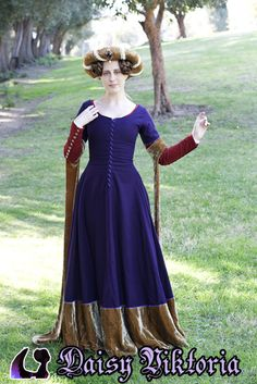» Early 15th Century Kirtle Faerie Queen Costuming @Emily Schoenfeld B Sawicki