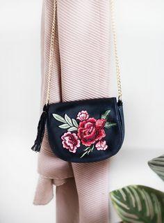 DIY: 'no sew' embroidered tassel bag