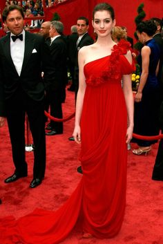 ANNE HATHAWAY  When it comes to red carpet dressing, Marchesa has been one of the most talked about design houses of the past few years. Its ethereal gowns became a regular fixture at award ceremonies, premieres and parties, seen on the likes of Dita Von Teese, Jessica Alba and Jennifer Lopez. But in our opinion, it was Anne Hathaway who really stood out from the sea of Marchesa-clad celebrities in 2008, stealing the show at the Oscars in this stunning draped asymmetric gown. (2008)
