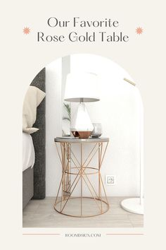 The best rose gold table for woman bedroom in 2021. Pink Furniture, Cool Furniture, Rose Gold Bedroom Accessories, Rose Gold Table, Cute Bedroom Decor, Woman Bedroom, Beautiful Bedrooms, Decorative Items