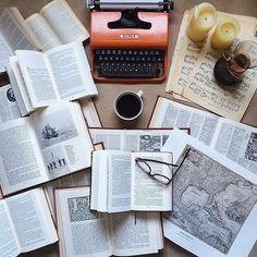 books about life School Motivation, Study Motivation, Book Instagram, Study Hard, Study Inspiration, Studyblr, Study Notes, Student Life, Study Tips