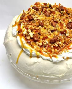 Just Desserts, Delicious Desserts, Dessert Recipes, Yummy Food, Best Pastry Recipe, My Favorite Food, Favorite Recipes, Meringue Pavlova, Beach Meals
