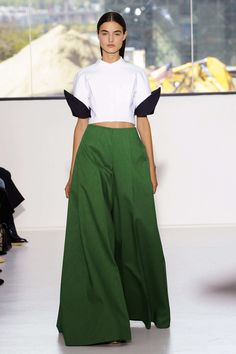 """The Best Looks From """"Delpozo""""New York Fashion Week: Spring 2015 London Fashion Weeks, Fashion Week Paris, Fashion Week 2015, Milano Fashion Week, New York Fashion, Runway Fashion, High Fashion, Fashion Show, Love Fashion"""