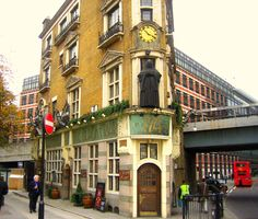 The Black Friar  174 Queen Victoria Street, Blackfriars, City of London, London EC4V 4EG