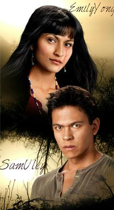 Quileute tribe members Emily Young and Sam Uley Twilight Wolf Pack, Twilight Saga Series, Twilight Breaking Dawn, Twilight Cast, Breaking Dawn Part 2, Twilight Series, Twilight Movie, Vampire Twilight, Twilight Pics