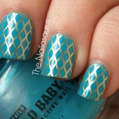 gold and turquoise color combo - bundle monster stamping design   http://nailasaurus.blogspot.com/search?updated-max=2012-04-02T21:01:00%2B01:00=5=5=false