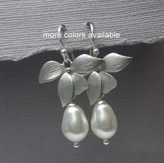 White Pearl Orchid Earrings, Bridesmaid Earrings Swarovski Drop Earrings Orchid Earrings, Mother of the Bride Gift, Mother of the Groom Gift