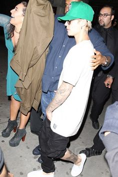 Justin Bieber wearing Vans Classic Perforated Slip-On Sneaker , Glassy Sunhaters Lincoln, Faded Lifestyle Maroccan Sands Cargos, Mitchell Justin Bieber Outfits, Justin Bieber Style, Vans Slip On, Vans Classic Slip On, Famous Musicians, Love U So Much, Party Looks, Famous Brands, Favorite Person