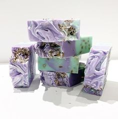 Lavender & Eucalyptus is the perfect blend for a refreshing bath or shower. Free of Parabens, Gluten, DEA and Phthalates. Made in Small Batches Lavender Bath Salts, Lavender Soap, Glycerin Soap, Castile Soap, Soap Melt And Pour, Christmas Soap, Soap Display, Eucalyptus Essential Oil, Homemade Soap Recipes