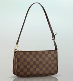Louis Vuitton Damier Ebene Pochette nm - Great little grab and go bag inside my handbag, with a perfect drop for a small shoulder bag