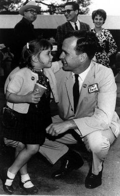 The Littlest Advisor George Bush and his daughter, Doro, talk during the 1964 Senate race. -from the Bush Library Greatest Presidents, American Presidents, American History, American Pie, George Bush Family, Robin, Marvin, Barbara Bush