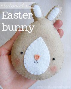 felt easter bunny - pattern & tutorial