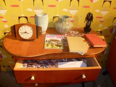 Magazine Display, Wilderness, Upholstery, Antiques, Vintage, Antiquities, Tapestries, Antique, Reupholster Furniture