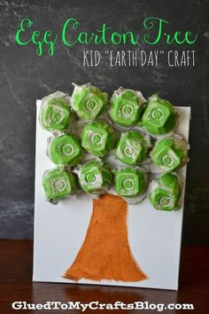Carton Tree {Kid's Earth Day Craft} your Valley egg cartons to make this fun tree - a cute little idea to do with preschoolers.your Valley egg cartons to make this fun tree - a cute little idea to do with preschoolers. Kids Crafts, Daycare Crafts, Glue Crafts, Toddler Crafts, Preschool Crafts, Kids Diy, Decor Crafts, Earth Day Projects, Earth Day Crafts