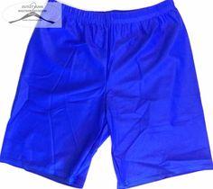 32 darab férfi úszó short rövidnadrág csomag. 20 darab S-s, 7 darab M-s, 5 darab L-s, vegyes szín és fazon a képek csak izelítöül szolgálnak