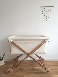 All natural non-toxic baby bassinet/cradle/co-sleeper