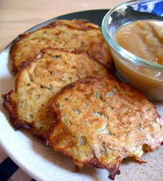 Sunday Supper: Oven-Baked Latkes for Haunukkah _ Made thin & cooked at a high temperature, these latkes has the same satisfying crunch as their fried counterpart. Serve with apple sauce & sour cream. Happy Hanukkah!