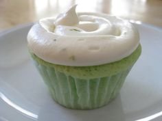lime cupcakes with lime cream cheese frosting- love the frosting