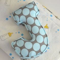 A fun tutorial to create your own padded letter accessory - perfect for a nursery gift!