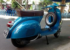 my 65 Vespa VBB ... first in ... not done yet