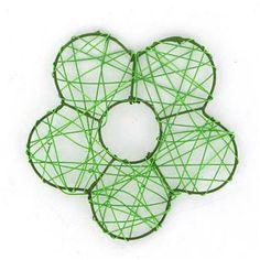Ces petites fleurs en métal apporteront beaucoup de charme et de fraîcheur à vos décorations de table !