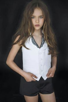 """Kristina Pimenova"" the most beautiful young girl Has signed a contract as a model in the USA. we have chosen the newest fashion clothes for you. Beautiful Little Girls, The Most Beautiful Girl, Beautiful Children, Cute Girls, New Fashion Clothes, Tween Fashion, Girl Fashion, Kristina Pimenova, Little Girl Models"
