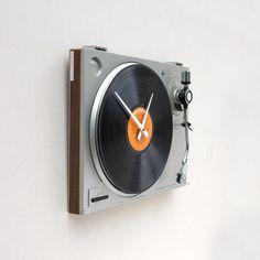 33 Unusual And Creative Clocks   DeMilked