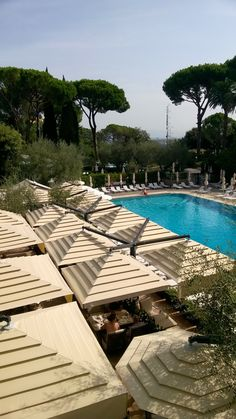 Hilton Rome Cavalieri www.it Hotels, Restaurant, Outdoor Decor, Home Decor, Decoration Home, Room Decor, Diner Restaurant, Restaurants, Home Interior Design